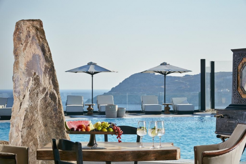 ROYAL MYCONIAN RESORT AND VILLAS 5* (MEMBER OF LEADING HOTELS OF THE WORLD)