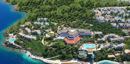 Хотел GREEN BEACH RESORT 5*