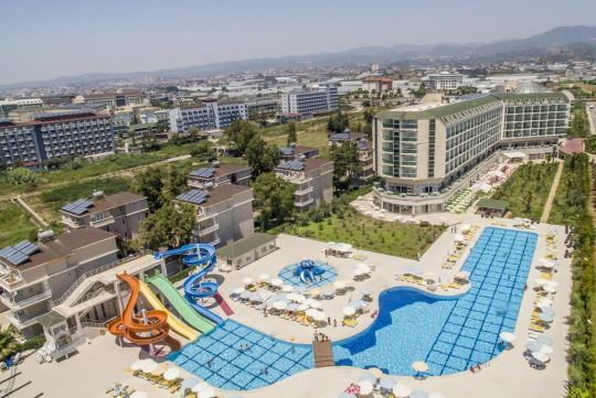Хотел HEDEF RESORT HOTEL 4 +*