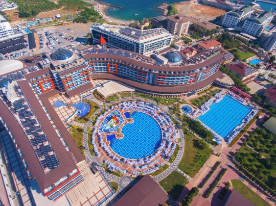 Хотел LONICERA RESORT & SPA 5*