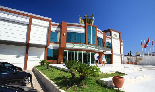 Хотел ROYAL ARENA RESORT & SPA 5*